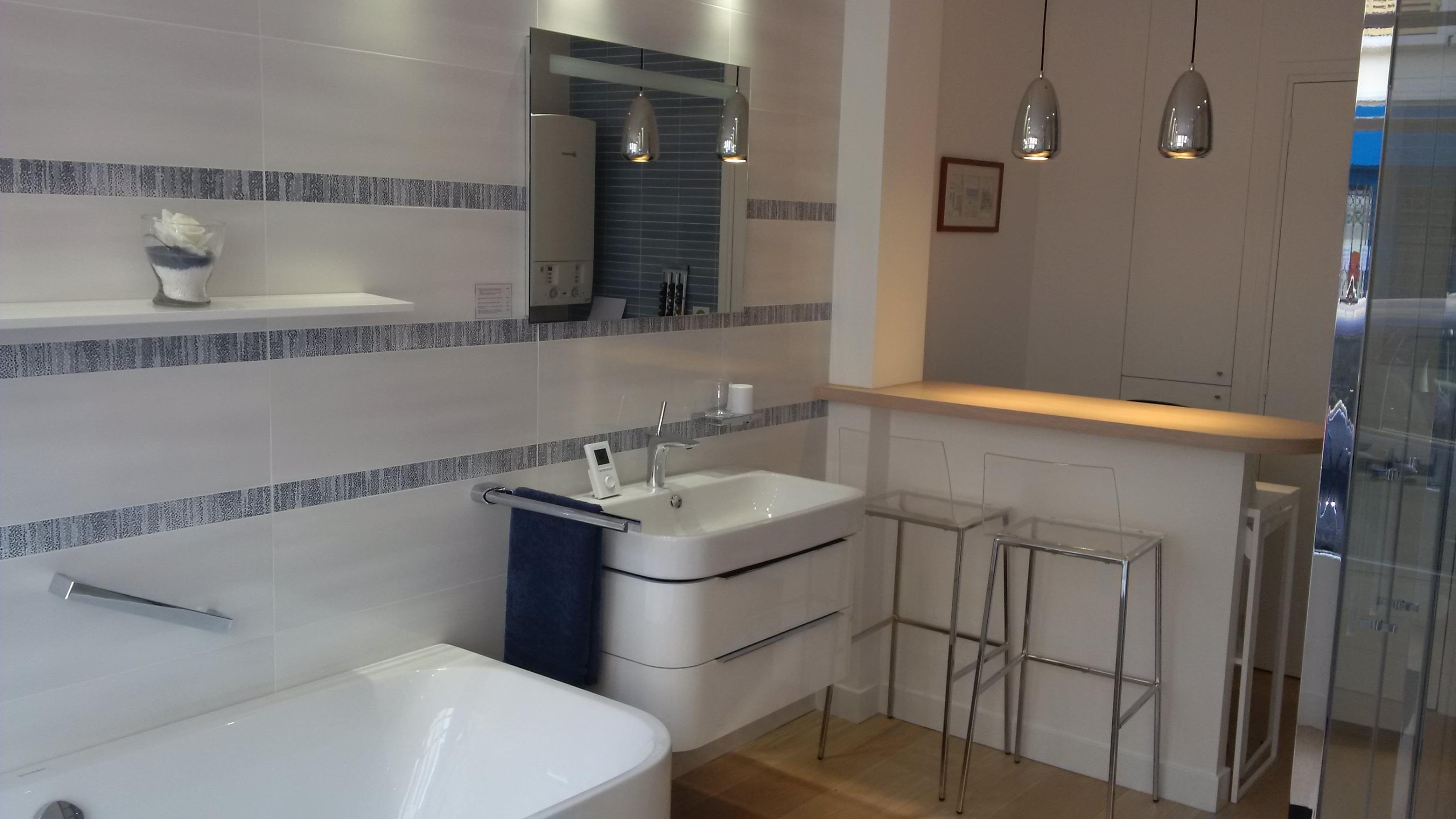 R novation de salle de bains for Artisan salle de bain